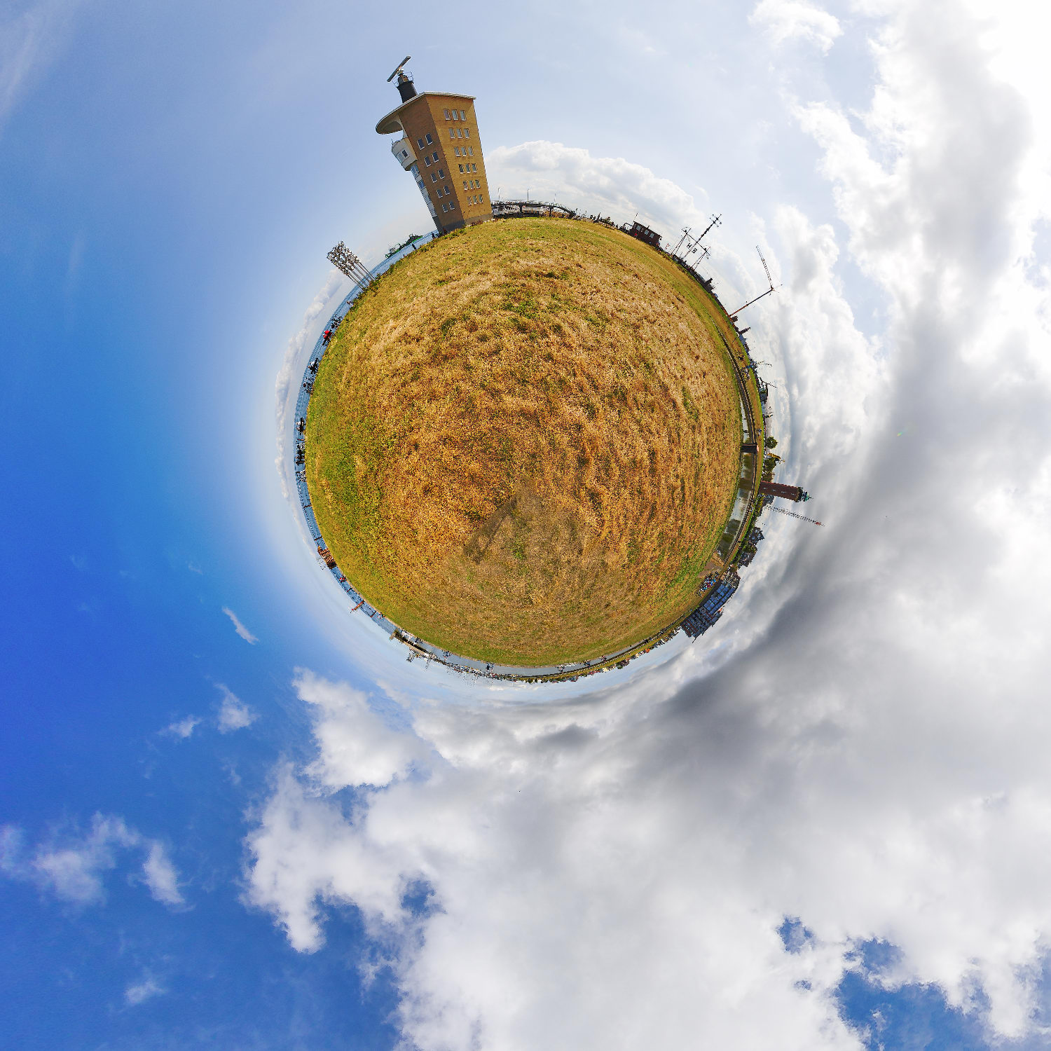 Little Planet Radarturm Alte Liebe